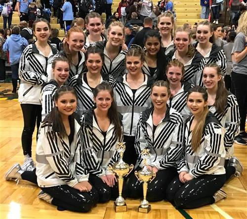 Hopkins County Central Dance Team with trophies at KDCO State